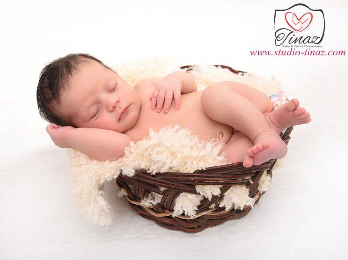عکس نوزاد تا ۱ ماه